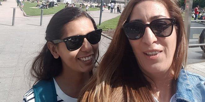 Stammzellspenderin Aylin zeigt Steffi aus Indien ihre Heimatstadt Stuttgart