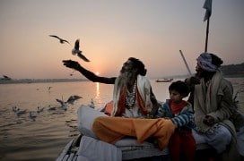 Abendstimmung am Ganges (Faith Connections, by Pan Nalin © 2013 Cité Films – Jungle Book Entertainment – Virginie Films)