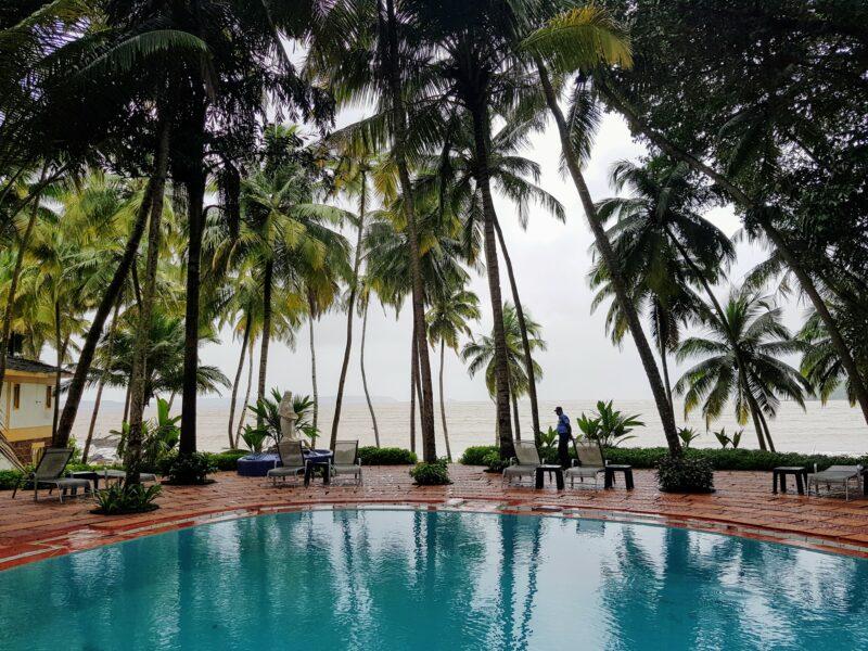 Bambolim Beach Resort Pool