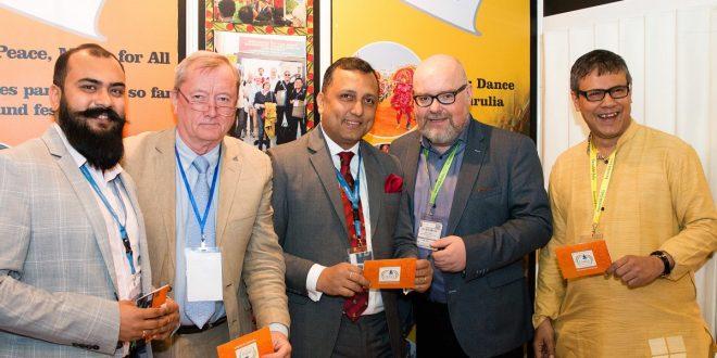 Gespräche auf der ITB in Berlin mit Tourismus-Vertretern aus Bengal Foto GustaiPixelgrün