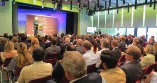 Erster Deutsch-Indischer Wirtschaftsdialog in Berlin