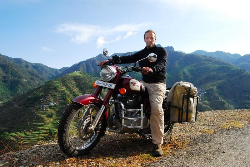 Robert Schmidt 2012 auf einer Royal Enfield bei einer Tour durch Uttarakhand. © Foto: Robert Schmidt