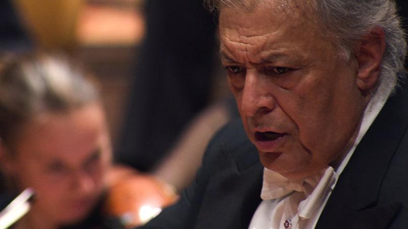 Aus dem Dokumentarfilm über den Dirigenten Zubin Mehta, hier bei einem Konzert der Staatskapelle in Berlin (Indisches Filmfestival Stuttgart)
