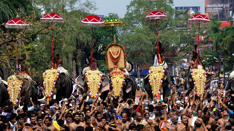 Die Thrissur Pooram, das größte Tempelfest Keralas. Foto: Amit Rawat