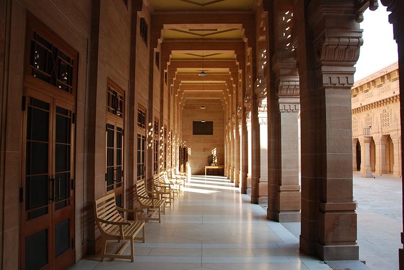 Säulengänge als Verandas, Umaid Bhawan Palace