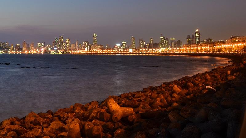 Sonnenuntergang am Marine Drive. Foto: Deven Dadbhawala
