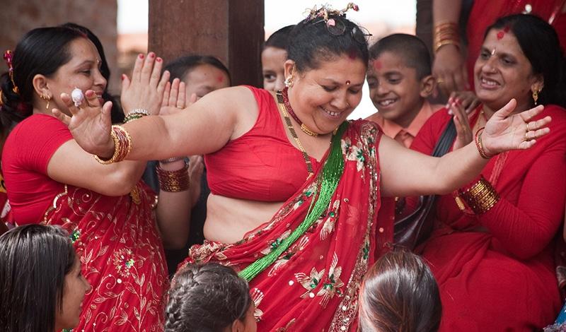 Festivals - Teej Frauenfestival