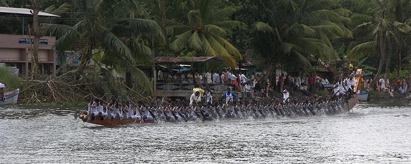 Champakulam Bootsrennen Kerala