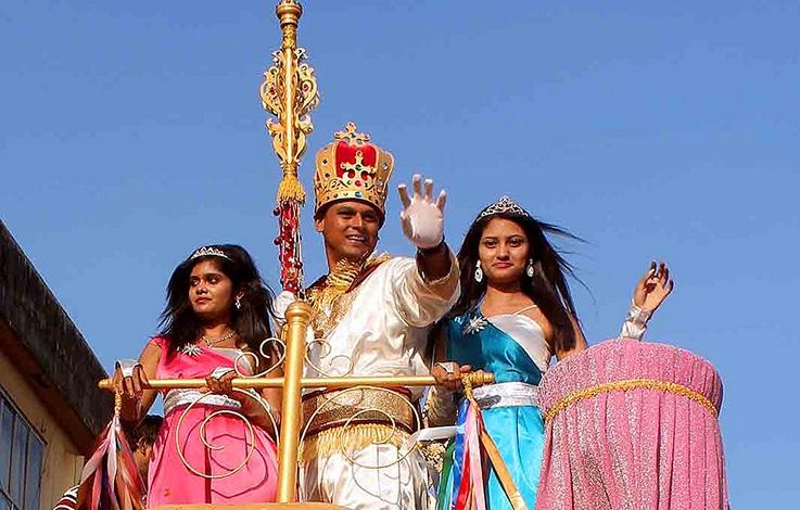 Karneval in Goa mit Prinz und Prinzessinnen. Foto Joel