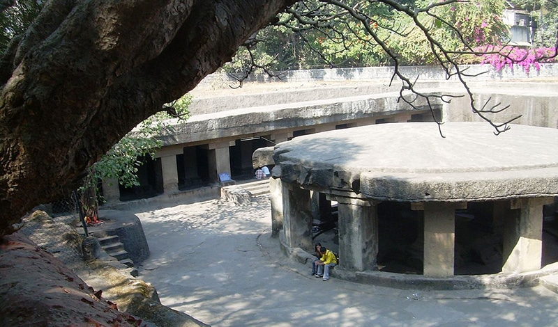 Städtereise nach Pune - Pataleshvara Tempel