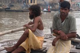 Von mehr Touristen profitiert auch die arme Bevölkerung Varanasis. Foto: Mathew Knott