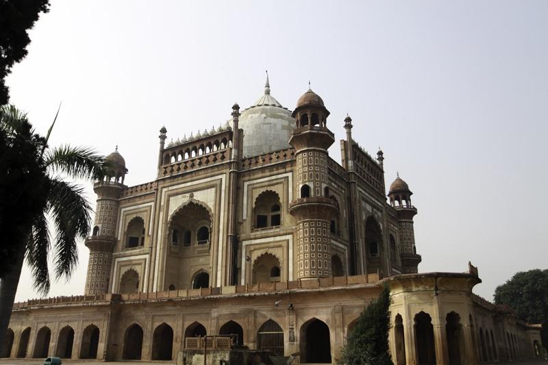 Safdarjangs Grabmal in Delhi. Foto: Michael Vito