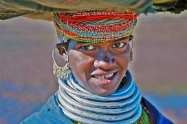 Frau vom Stamm der Bonda. Foto: Otabi Kitahachi