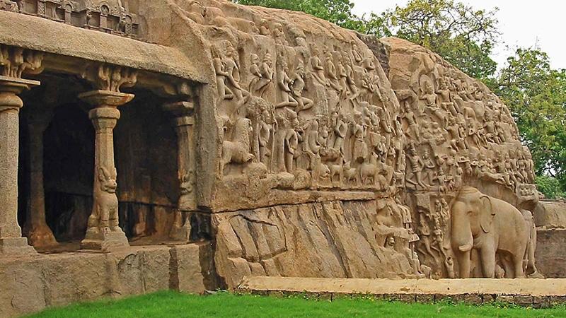 """Das Steinrelief """"Die Herabkunft der Ganga"""" in Mahabalipuram. Foto: Pandiyan V."""