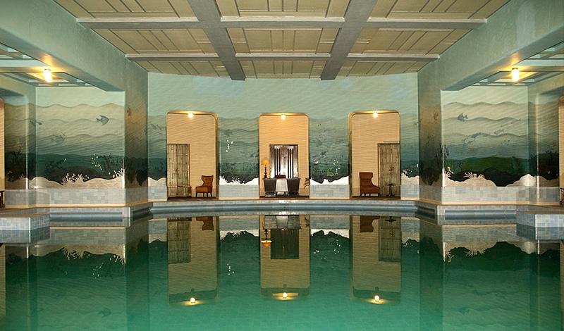 Schwimmbad im Umaid Bhawan Palace