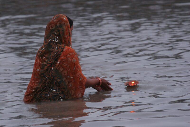 Ganga Aarti – ein faszinierendes religiöses Ritual in Indien