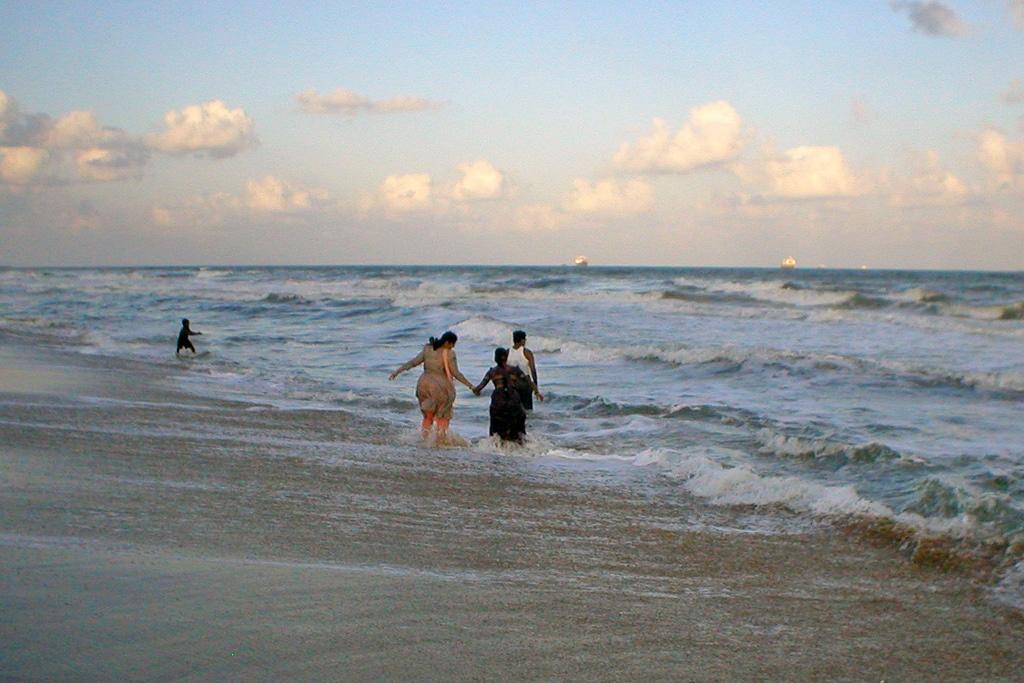 Ein 13 km langer Sandstrand lädt zum Schlendern ein. Foto: anaxila