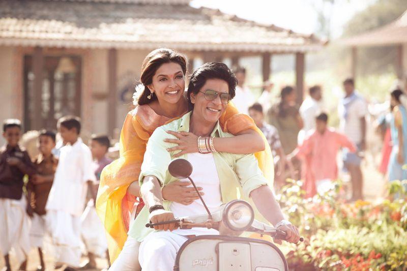 Deepika Padukone (l), Shah Rukh Khan (r) (c) Rapid Eye Movies HE GmbH