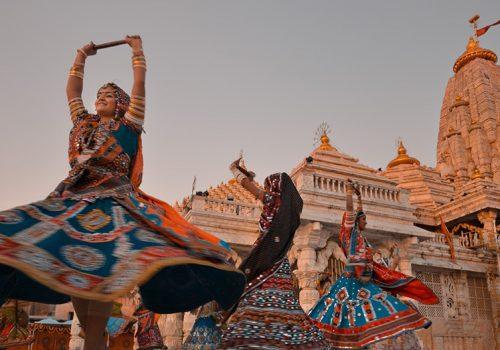 Ein Garba-Tanz im Ambaji Tempel in Gujarat. Foto: Anurag Agnihotri