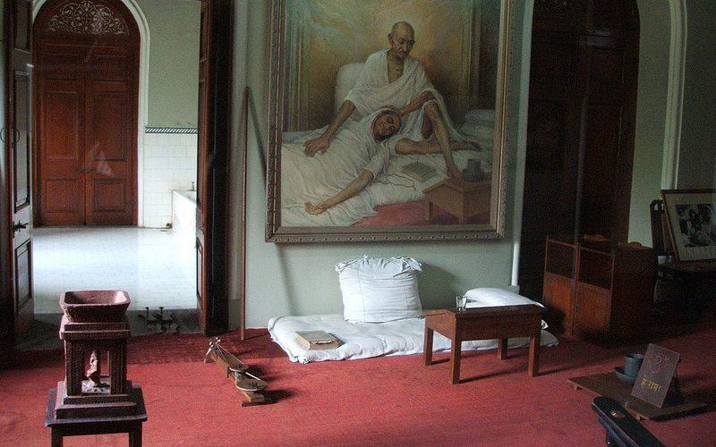 Zimmer im Aga Khan Palace. Foto: Shankar S.
