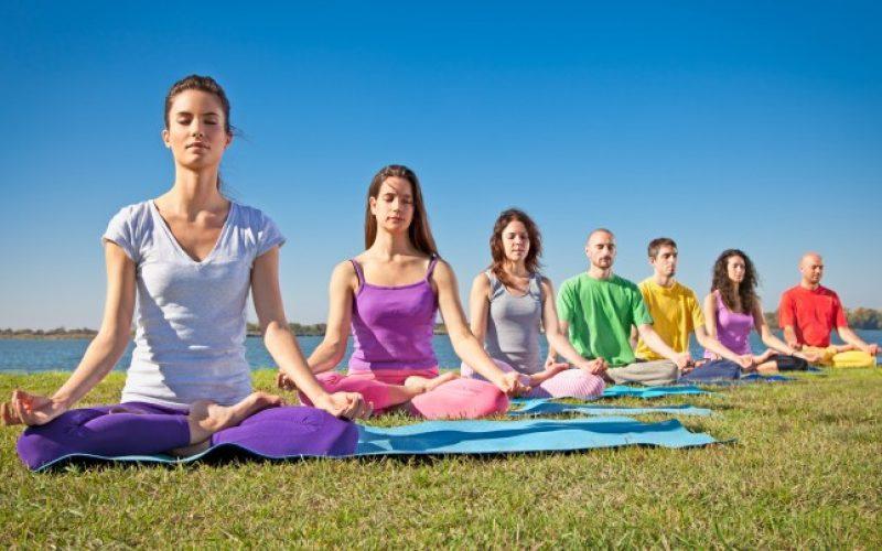 yoga_117393238