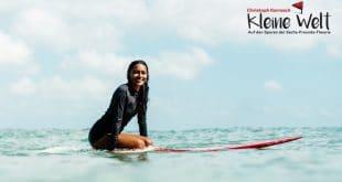 Christoph Karrasch trifft für N24 Ishita Malaviya, die erste Surferin Indiens, Foto: obs/N24/Ming Nomchong