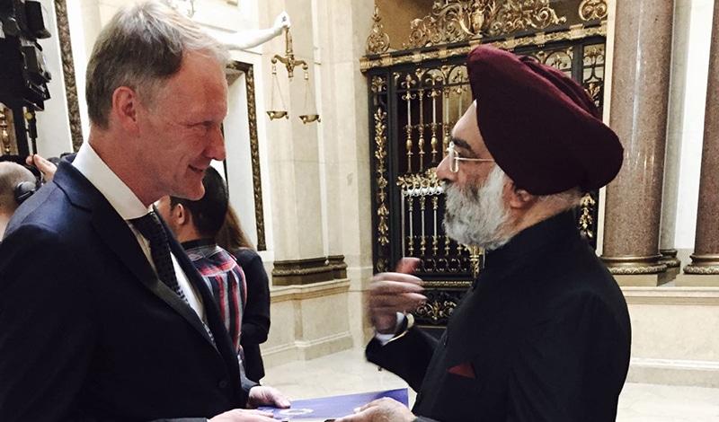 Historikertag 2016 - Martin Schulze Wessel mit Indiens Botschafter Gurjit Singh