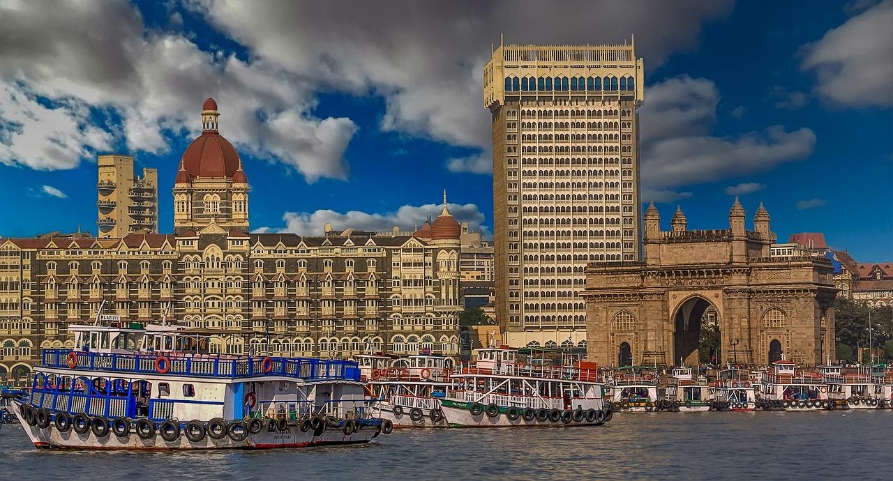 Mumbai hieß bis ins Jahr 1996 Bombay. Die Stadt liegt an der Westküste auf der Insel Salsette. pixabay.com © Walkerssk (CC0 Public Domain)