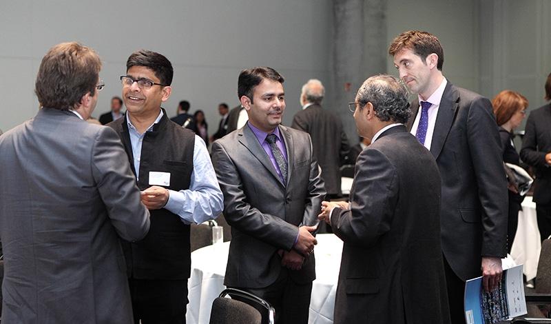 Networking im Anschluss an die Konferenz. Foto: Sera Cakal