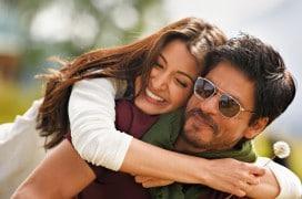 Shah Rukh Khan, hier mit Anushka Sharma, wieder einmal in einem Liebesfilm. © Rapid Eye Movies