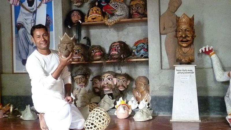 Masken für Theateraufführungen in Majuli. © Foto: Dr. Hiltrud Rüstau