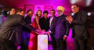 Bollywood TV-Sender Zee.One - Roter Knopf zum Sendestart